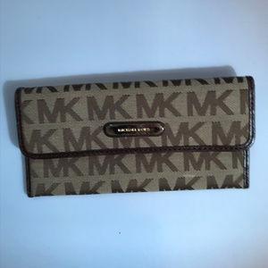 Michael Kors Brown Tan Jacquard C Design Wallet